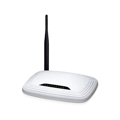 Router VPNHosting.cz VPN-P01 + předplatné VPN pro ochranu internetu před odposlechem na 12 měsíců